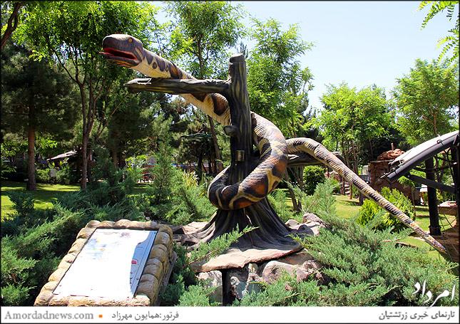 مار پیتون در پارک ژوراسیک تهران