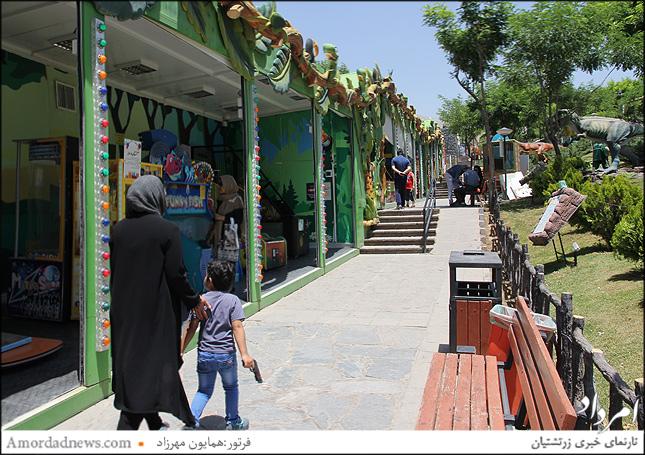 محل بازی و سرگرمی کودکان در پارک ژوراسیک تهران