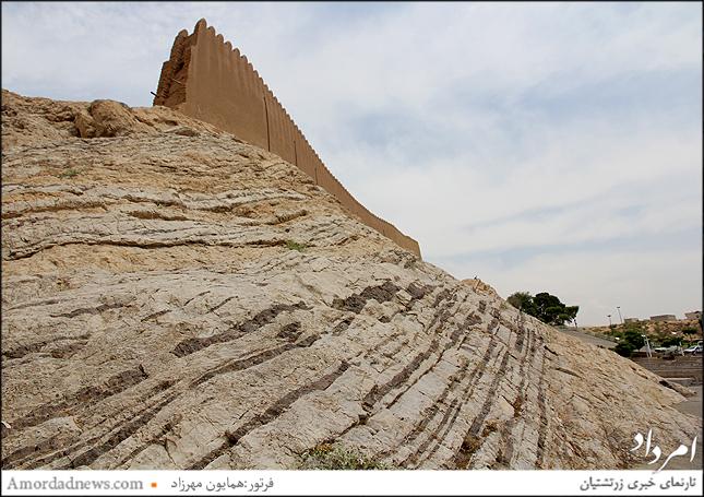 دیواره غربی برج وباروی شهرری