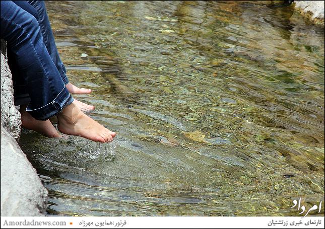 چشمه سورنا 8000 سال است که در این گستره جاری است