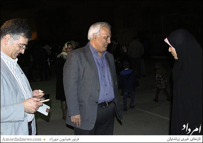 خوش آمدگویی لیلا امجدی مدیردبستان گیو به بوذرجمهر پرخیده مدیر دبیرستان فیروز بهرام