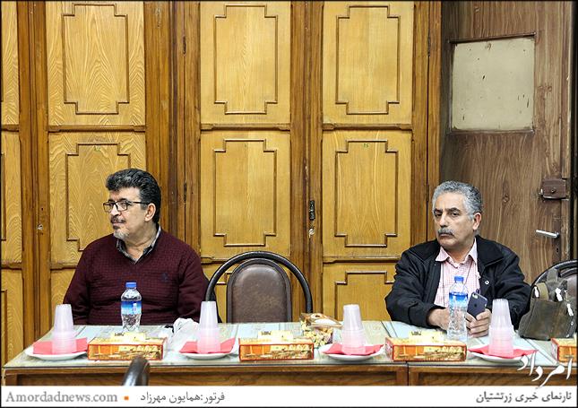 از راست فرشید نمیرانیان و مراد ملکپور(سرپرست دبیرخانه) در نخستین نشست گردش 44 انجمن زرتشتیان تهران