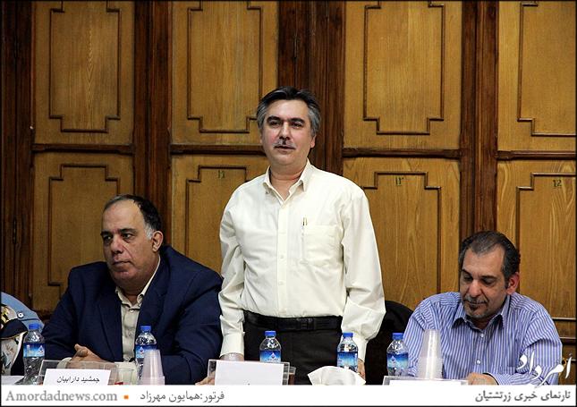 رامین خسروی یکی از نامزدهای جانشین فرنشین در گردش 44 انجمن زرتشتیان تهران