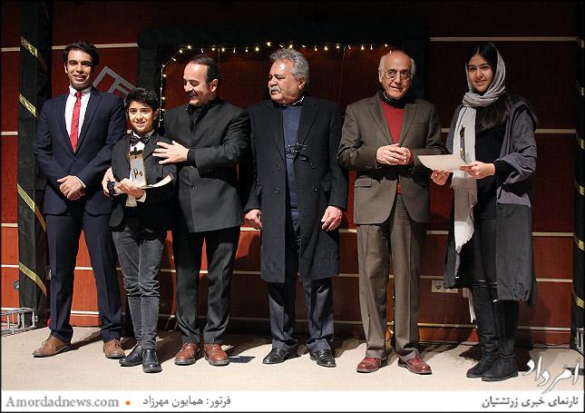 موژان فرزانه و کسرا سلامتی پور، مشترک جایگاه سوم جشنواره موسیقی زرتشتیان